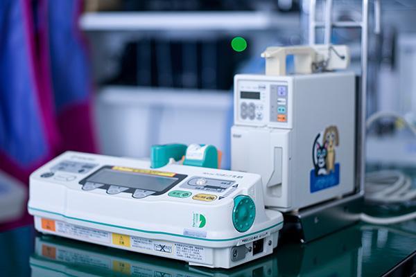Intravenous drip device